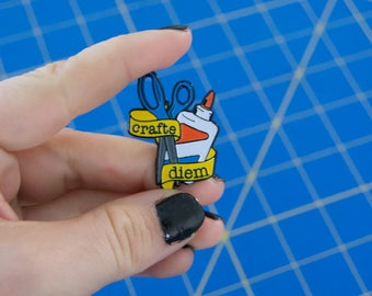 Crafte Diem Enamel Pin - Crafty Enamel Pin - Enamel for Artists, Crafters, Art Teachers, & Crafty Moms - Grad Gift - Best Friend Gift