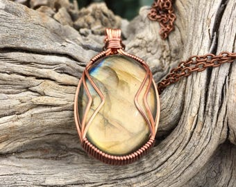 Golden Labradorite Necklace for enhacing intuition + energetic protection - Third Eye Chakra + Root Chakra