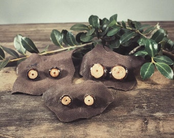 Natural Stud Wood Earrings • Oak •