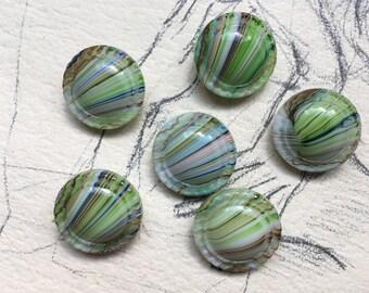 6 intermixed glass buttons - Sammler / Glasknöpfe - vintage Knöpfe -  blickfang - regenbogen motiv - buntes Glas