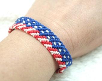 micro macrame pattern American flag bracelet