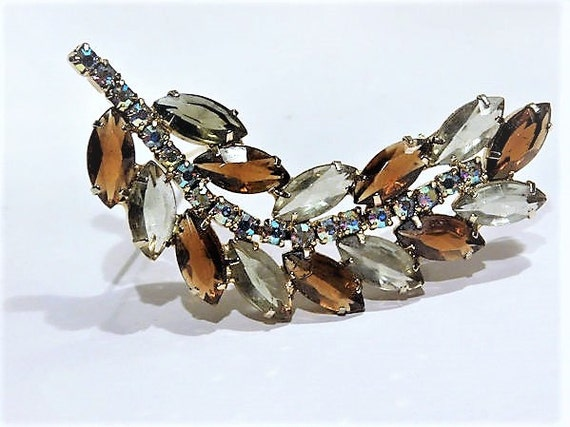 1960s Rhinestone Brooch Leaf Shape Brooch Aurora Borealis AB Mid Century Vintage Hollywood Topaz Wedding Bride Juliana DeLizza Elster D & E