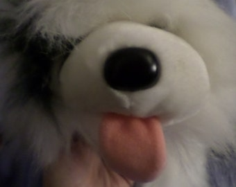Ganz Dog Fluffy Googles Gray and White Sheepdog Furry Friend NWTS 1988 Fat paws lots of Hairyness Hair brush