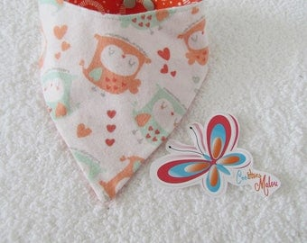 bandana bib with OWL on white flannel