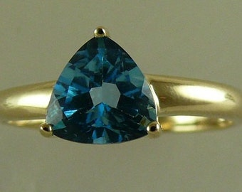 Blue Topaz 1.44ct Ring with 14k Yellow Gold, Size Selectable