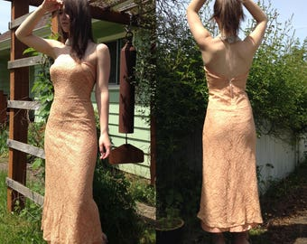 Handmade Vintage Sleeveless Peach Lace Gown
