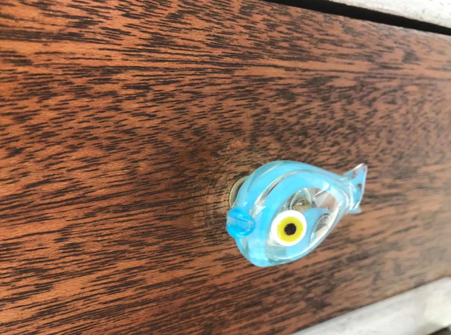 Blue fish shaped glass drawer pull drawer cabinet for Fish drawer pulls