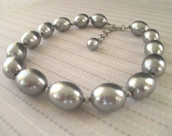 Large Bead Choker Necklace * Silver Gray Color * Classic Vintage