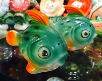 Green Anthropomorphic Tropical Puffer Fish Salt and Pepper Shakers made in Japan circa 1950s