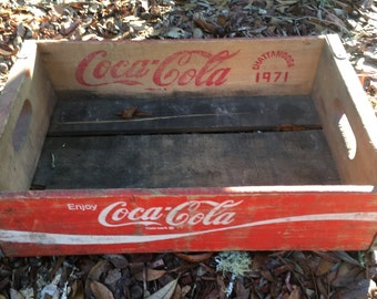 Vintage Coca Cola Crate, Soda Advertisment, Made in Chattanooga 1971, Farmhouse Decor, Country Kitchen, Dog Bed, Shelf