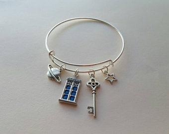 Dr Who Tardis Bracelet - Tardis Charm - Key Charm - Star Charm - Dangle Charms