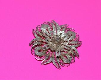 Silver coloured filigree pendant/brooch 1970s
