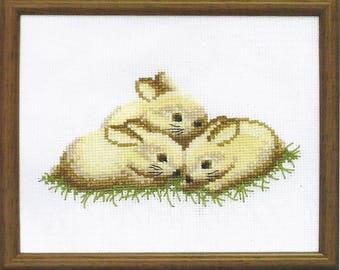 Cross Stitch Kit Bunnies 3