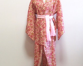 Pink reef and flower / wool vintage kimono
