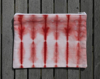 LARGE POUCH // thebe red