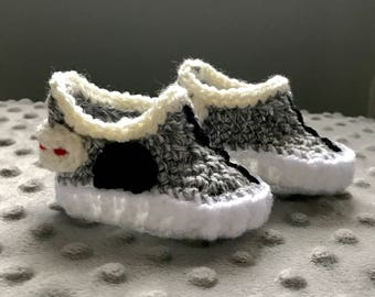 READY TO SHIP*** 0-3 month baby sneakers