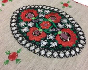 SALE***19.00//Hand Embroidered Table Runner//Dresser Scarf***Original Price 24.00