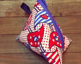 Patriotic birdy pouch
