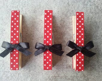 5 Red and white polka dot ribbon, minnie mouse inspired, photo card holders, clothes pins, place card holders, birthday