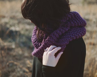 Knit Scarf | The Lennon | Circle Scarf | Knit Cowl | Chunky Knits | Infinity Scarf