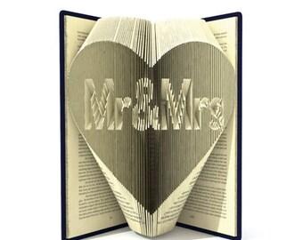 Mr & Mrs Folded Book - Wedding - Bride - Groom - heart - love - big day - Christmas