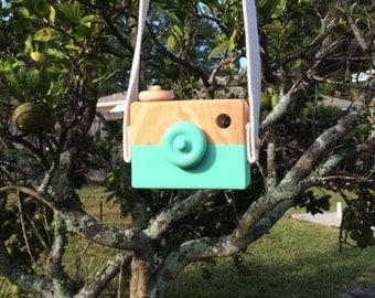Minty green handmade organic camera  -  Wooden toy camera.  Wood Toy Creative Play Boy Girl birthday gift pink yellow white mint