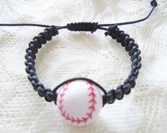 Baseball macrame boy bracelet, Children bracelet, Boy bracelet, Girl bracelet