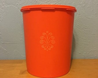 Orange Filigree Tupperware Canister XL, Servalier snap on lid, Made in USA