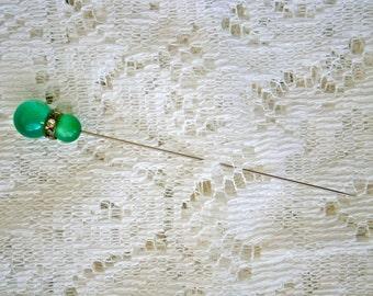 Vintage Stick/Hat Pin Green
