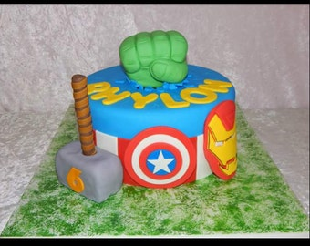 Avengers Superhero 4 pc Cake Topper Set Hulk Iron Man Thor Captain America