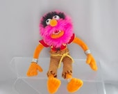 Vintage Muppet Animal Famous TV Character Disneyland Named Label TV Show 70s80s Full Bizarre Outfit Neon Pink Hair 13 x inch Collectible