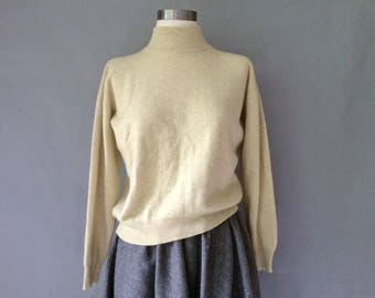 Vintage luxury cashmere silk pullover sweater made in Italy size M