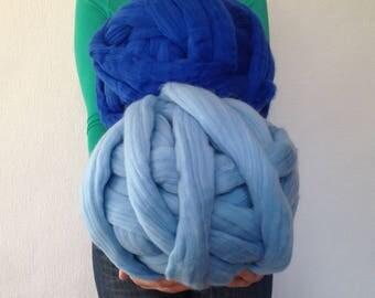 Sale Chunky yarn. Super bulky yarn. Roving wool. Super thick yarn. Merino wool yarn. DIY Arm knit. Sale chunky knit. Chunky knit blanket