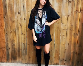 FLASH SALE Wolf lightning lace up tee