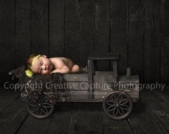 Newborn Digital backdrop / background / rustic wood / truck