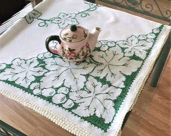 Vintage Square Tablecloth, Cross Stitch Embroidered Linen Tablecloth, White and Green Embroidered Linen Tablecloth, Retro Tablecloth
