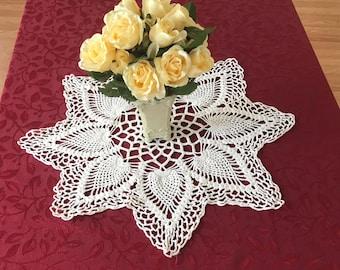 Vintage Large Crocheted Doily, White Large Doily Table Centerpiece, Crocheted Table Centerpiece, Doilies