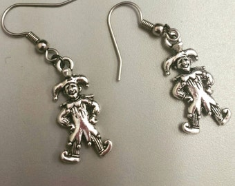 Jester earrings, jesters, jester jewelry, midevil, midevil jewelry, midevil times, earrings