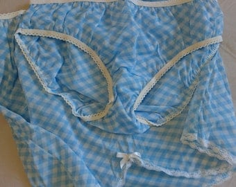 Half Slip Petticoat and Panties Set by Sears (size 12 Aus/UK & 6/US)