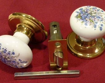 Vintage Ceramic Door Knob ~ Beautiful White Handles with Blue Flowers ~ Made By Jao Hsinn ~ Door Accessory ~ Furniture Update ~ Brass Tone
