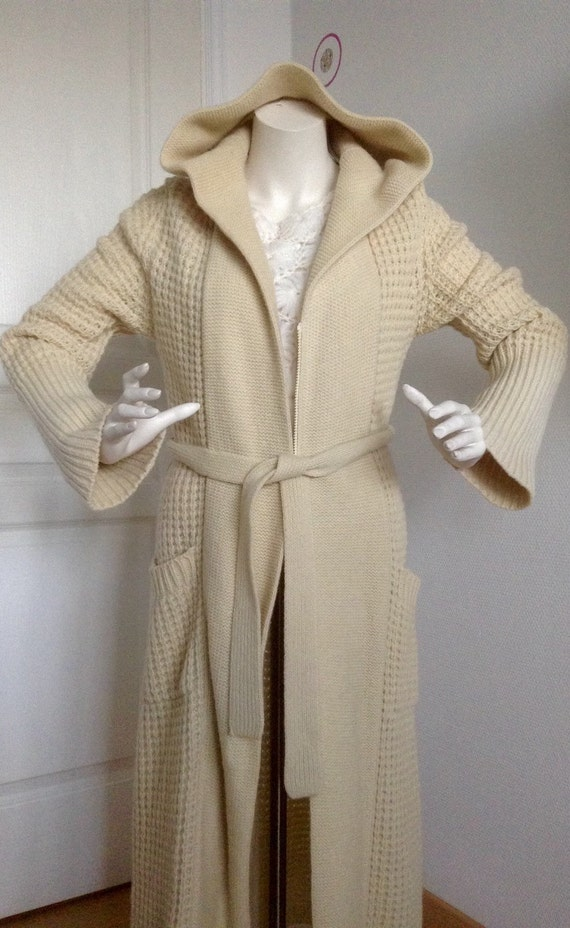 Vintage 100% pure wool maxi coat XS, S, M, full coat with long sleeves, belt and hood, front zipper