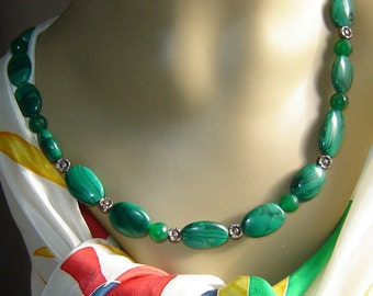 Necklace - very nice - Malachite - 49 cm necklace