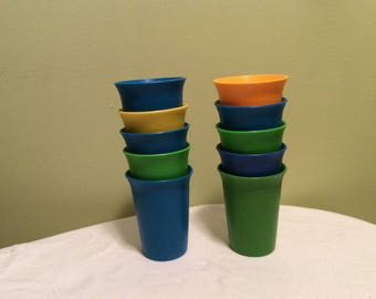 Vintage Tupperware Kids Childrens Blue Green Yellow Plastic Small Seven Ounce Drinking Cups Boys Colors