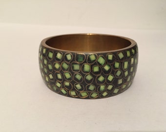 Bold Metallic Gold Tone Green Accent Bracelet