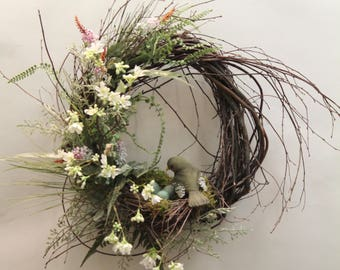 Robin Nest Wreath with Mother Robin
