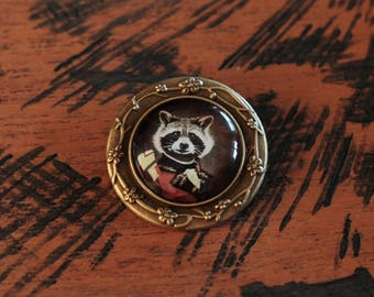 PIN bronze cabochon General Racoon