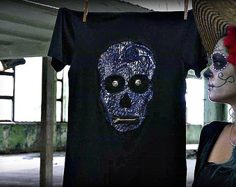 Men T-shirt with a Skull motif ~ Leea Muerte