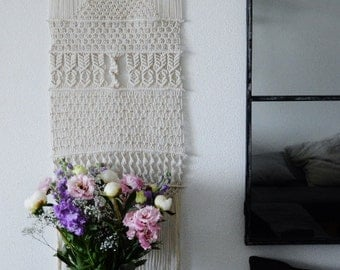 Large wall hanging in macrame