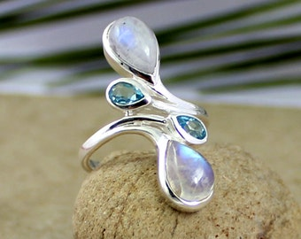 fire moonstone ring, rainbow moonstone topaz, multi stone ring, cab moonstone bt ring, blue topaz silver ring, woman topaz jewelry, all size