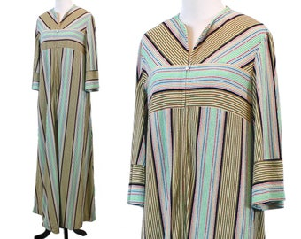 vintage womens robe u2022 striped caftan u2022 terry cloth zipper front housedress u2022 ladies 70s housecoat - Terry Cloth Robe